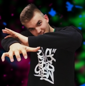 Warsztaty POPPING! z Pawłem Jankowskim | FENIKS # Szkoła tańca Białystok, kursy nauka tańca w Białymstoku, salsa, taniec towarzyski, taniec brzucha, latino solo